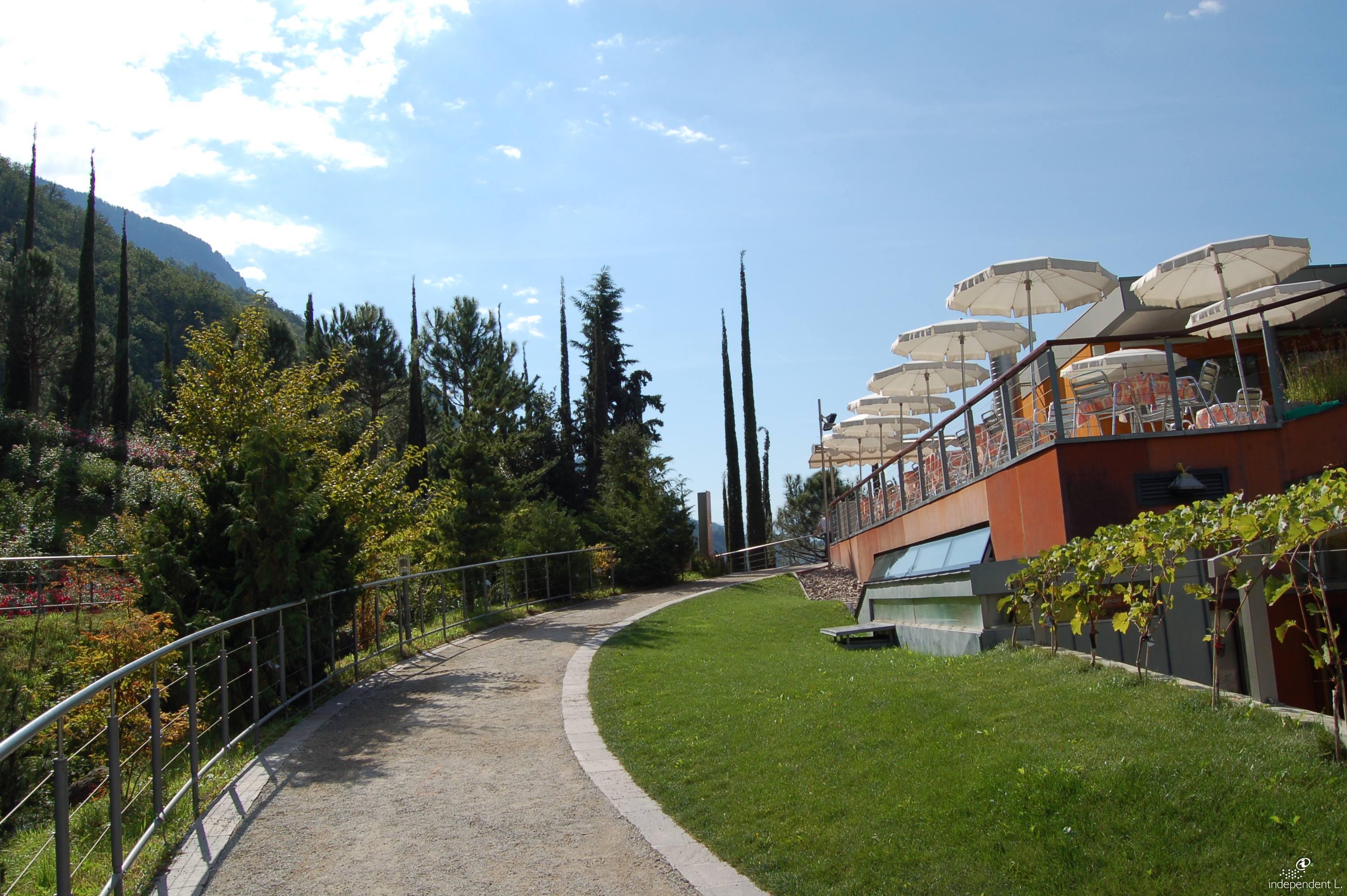 Cool i giardini di castel with giardini attrezzati - Il sole nel giardino ...