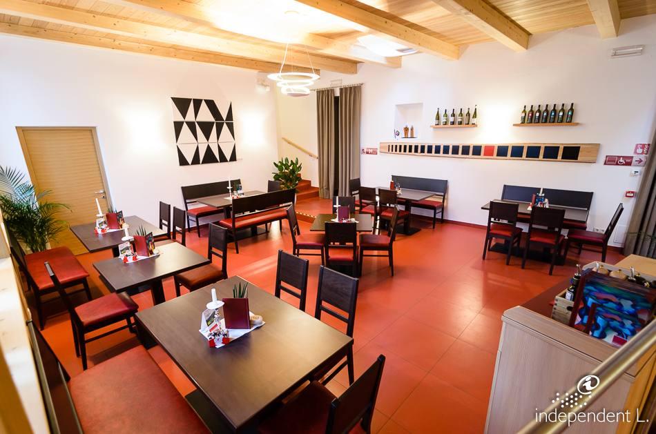 Freiraum Cafe Bar Lounge Weichselstr   Berlin