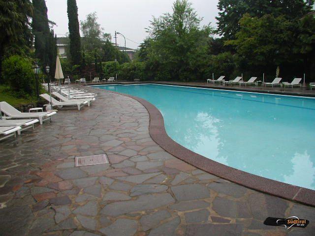 Poi palace merano espace henri chenot alto adige per - Orientamento piscina ...