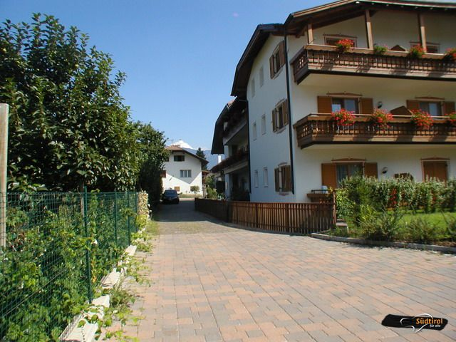 Garni Hotel Die Sonne Kaltern Bozen Italien