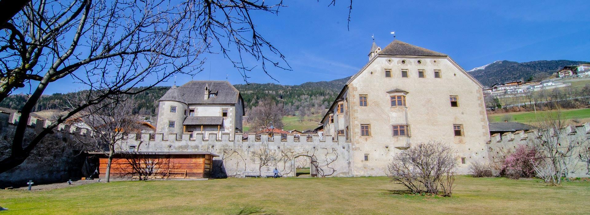 Castel Velturno